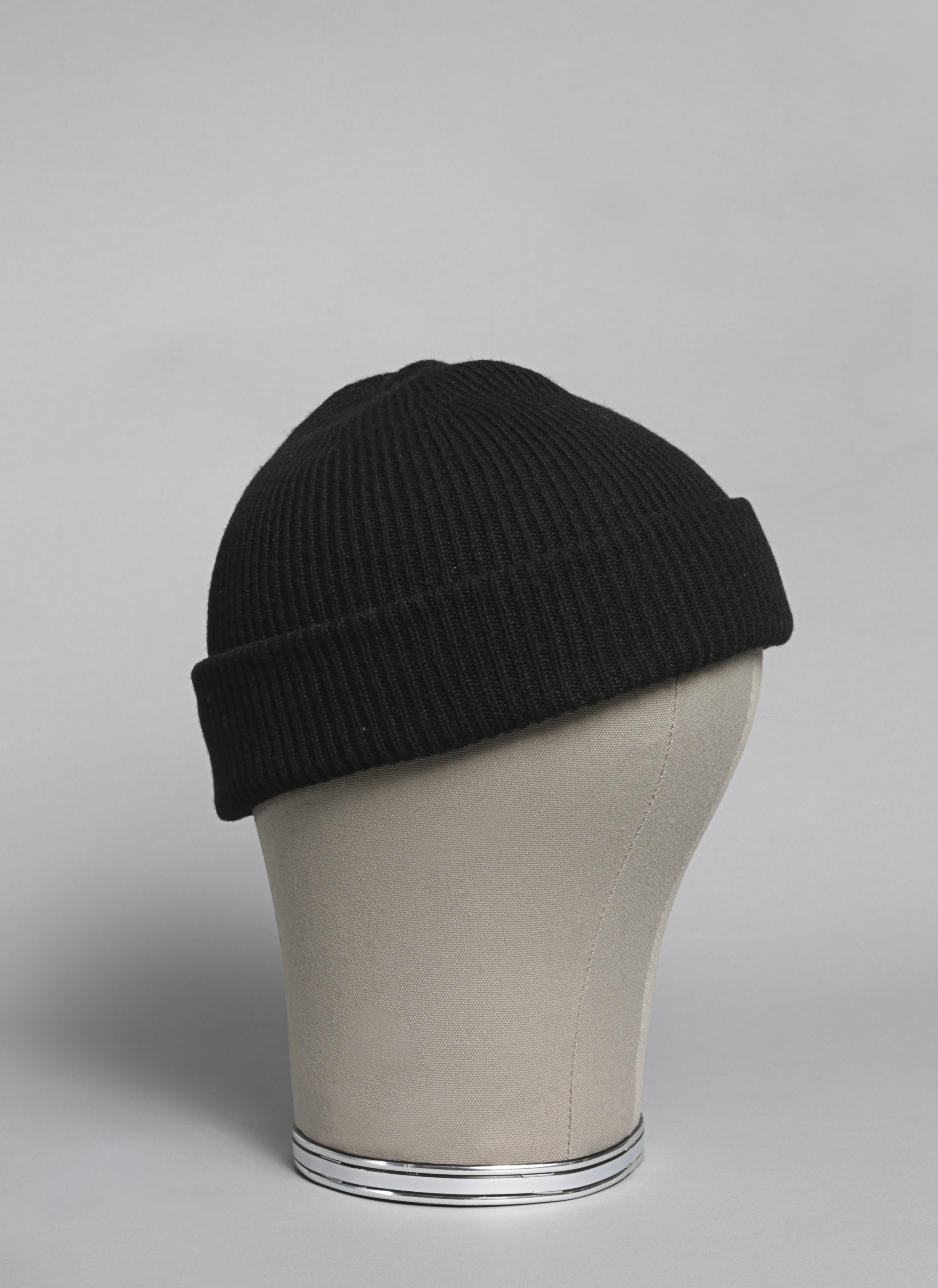 Double Sided Giant Magnetic Human Body Set: Cashmere Double-Sided Beanie In Black